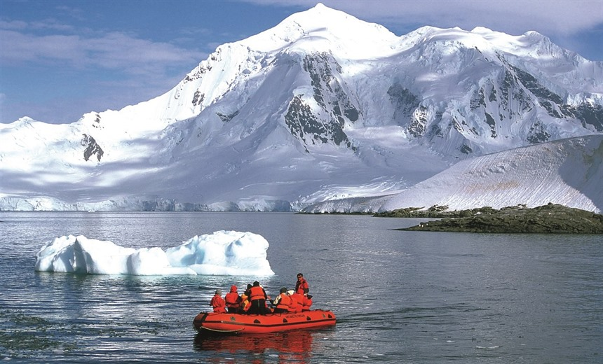 3 Amazing ways to experience Antarctica : Section 4