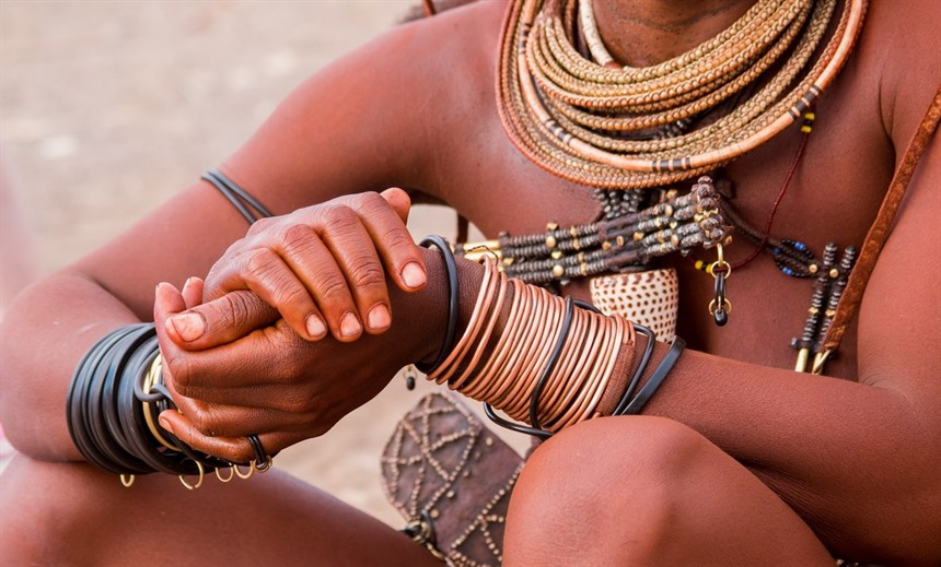 The Himba people still live in Namibia and follow their ancient traditions. © francesco de marco / Shutterstock