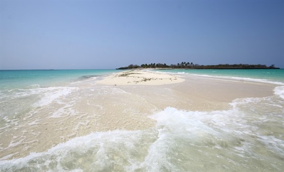 Africa's Idyllic Coast & Indian Ocean Islands : Section 10