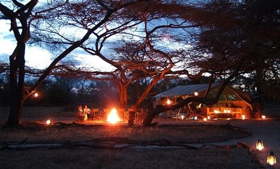 Amboseli Porini Camp in the private 6000-hectare Selenkay Conservancy