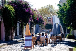 Street cafe in Colonia