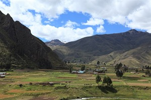 Bus Journey from Cuzco to Puno 1
