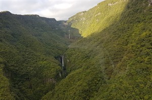 Helicopter flight over Reunion Island 3