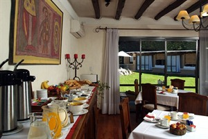 Breakfast options at Lares de Chacras