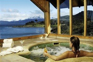 Jacuzzi at Los Cauquenes Hotel