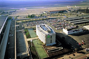 Aerial shot of Holiday Inn Santiago Airport