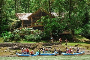 Rafting at Pacuare Lodge