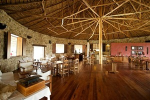 Restaurant interior Anakao Ocean Lodge & Spa