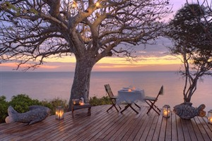 Romantic dining at Azura Quilalea