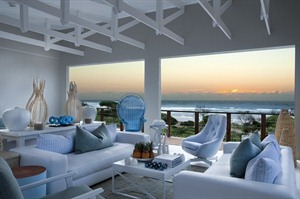 White Pearl, lounge area