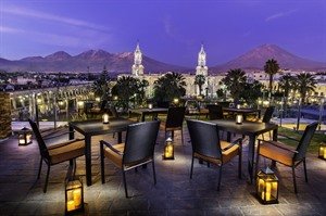 Katari Hotel, terrace overlooking the main square