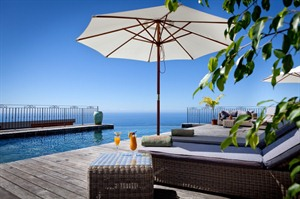 Diana Dea's infinity pool and deck