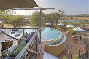 Azura Selous Lounge & Pool