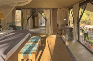 Monkey Tented Vila