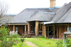 Amakhala Hlosi Game Lodge