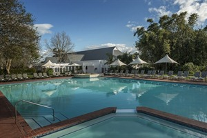 Swimming pool Fancourt Hotel