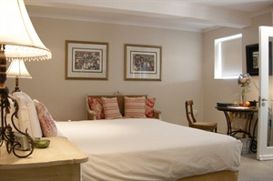 Four Rosmead Luxury Room