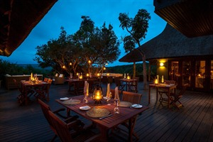 Night time at Kichaka Lodge