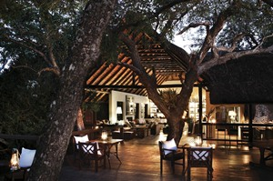 Londolozi Tree Camp at night