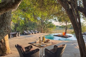 Dining outside at Phinda Forest Lodge