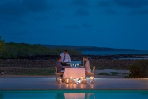 Finch Bay Eco Hotel, romantic dinners