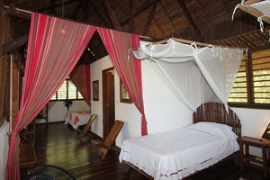 Double room interior (Madiro)