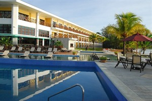 Playa Tortuga Beach Resort