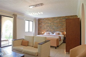 Family suite at Omali Lodge