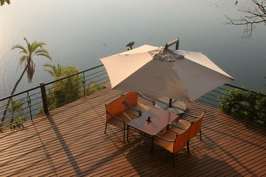 chobe safari lodge chobe national park rainbow tours. Black Bedroom Furniture Sets. Home Design Ideas