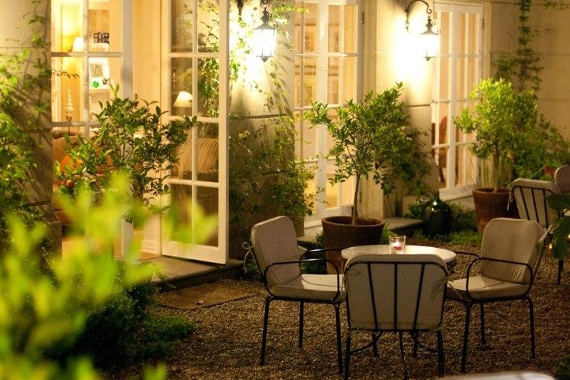 Le r ve boutique hotel santiago winelands rainbow tours for Le reve boutique hotel suites