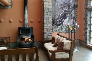 Trekking lodge, cosy fireplace