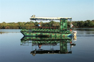 Boat trips in the Pantanal at Rio Mutum