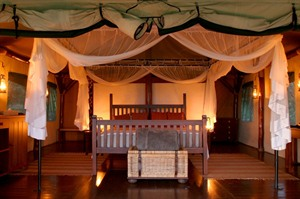 Thanda Tented Camp room
