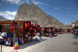 Traditional market in the Sacred Valley