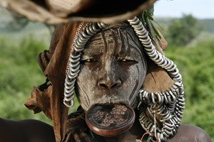 Mursi woman portrait