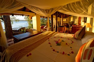 Tongabezi Honeymoon House